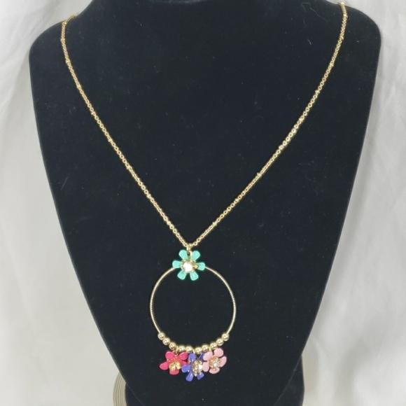 Liz claiborn flower necklace